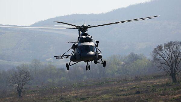 Вертолет Ми-8 совершил жесткую посадку на Камчатке, сообщил источник