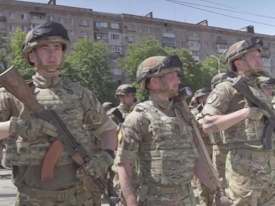 Боевики нацбатальона «Азов» захватили в плен военных ДНР