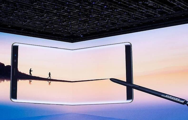 В России стартуют продажи нового флагмана Samsung Galaxy Note 10