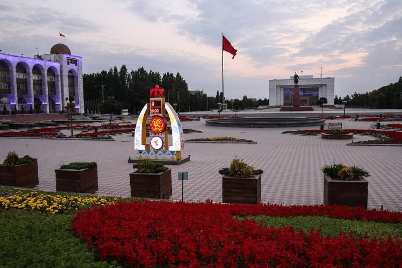Обстановка на улицах Бишкека после ночных беспорядков остается спокойной