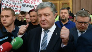 Медведев пообещал Беглову помочь с запуском соцобъектов Петербурга