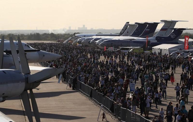 МАКС-2019 в субботу посетило рекордное количество гостей
