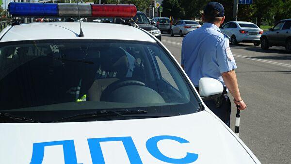 На Ставрополье при ДТП с участием грузовика пострадали четыре человека