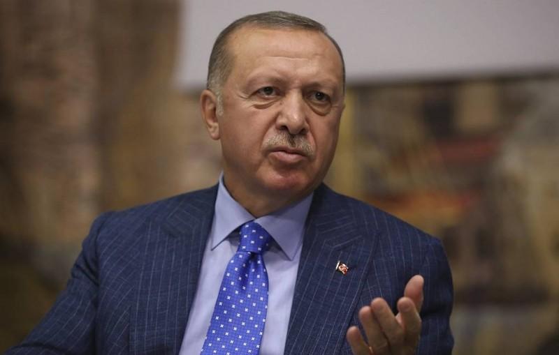 Эрдоган опроверг информацию о побегах из тюрем боевиков ИГ из-за операции в Сирии
