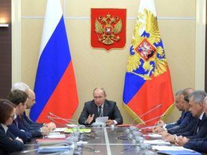 СМИ: над Москвой чуть не столкнулись два лайнера