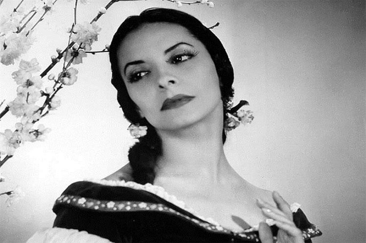 Умерла всемирно известная балерина