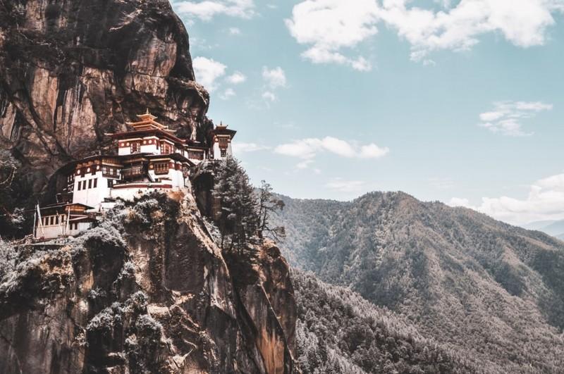 10 небанальных стран, куда рекомендуют ехать путешественникам в2020 году