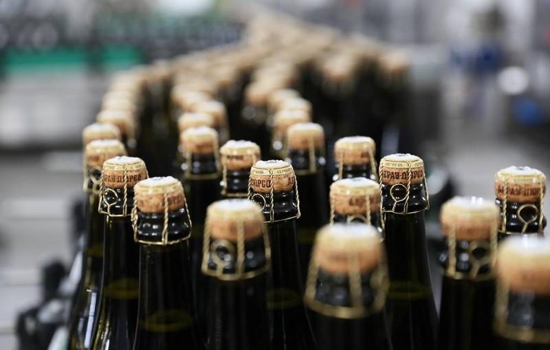 """""""Известия"""": надпись """"Не является вином"""" появится на этикетках виноградосодержащих напитков"""
