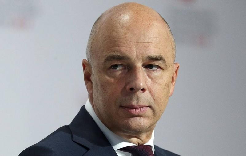 Силуанов заявил, что в России приняли меры для уменьшения ущерба от падения цен на нефть
