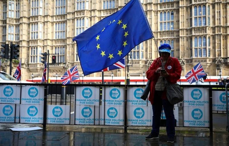 Саммит ЕС одобрил новое соглашение по Brexit. Великобритания сможет покинуть союз 1 ноября