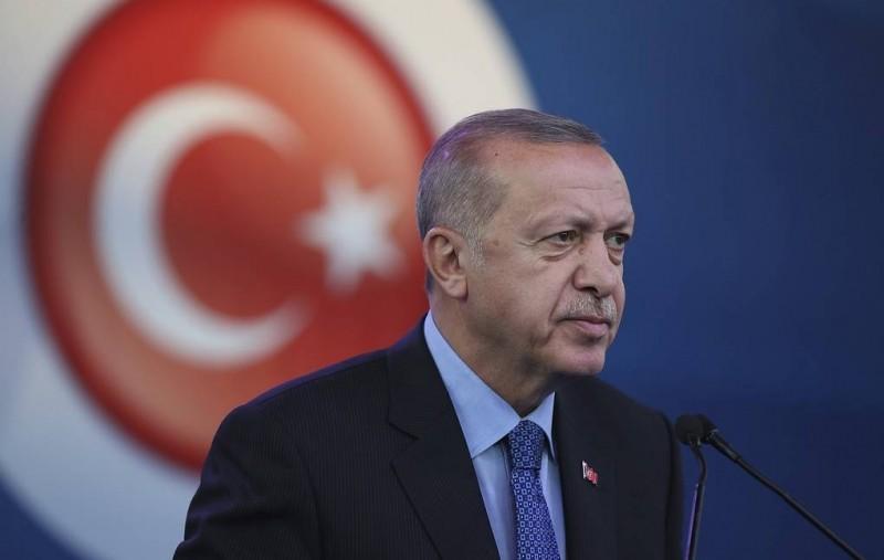 Эрдоган заявил, что Турция имеет право проводить операцию в Сирии
