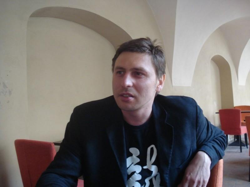 Алексиевич приглашает навстречу савангардными европейскими режиссером идраматургом