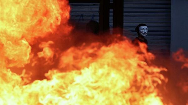 В Чили в ходе протестов задержали около 1,5 тысячи человек