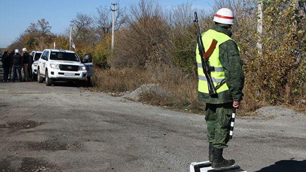 Эксперт назвал срыв отвода сил в Донбассе политической инсценировкой