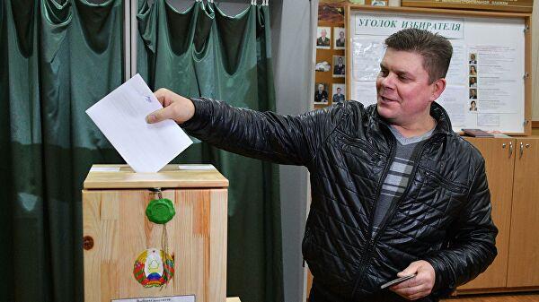 В Белоруссии открылись участки для голосования на выборах в парламент