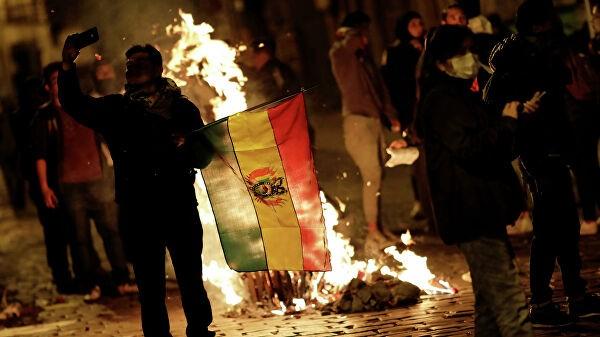 Власти Боливии не будут вводить войска на улицы для сдерживания протестов