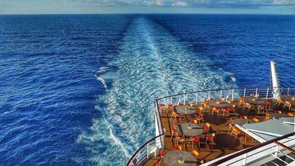 В Испании туристы голосованием изменили курс круизного лайнера