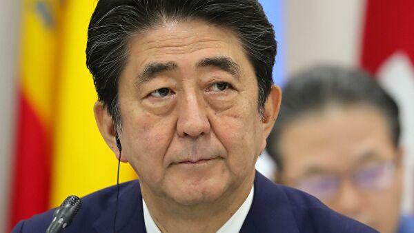 Абэ намерен разрешить вопрос о поправках в конституцию Японии