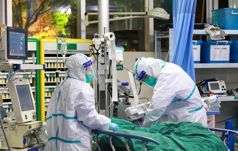 Число умерших от коронавирусной пневмонии в КНР выросло до 722